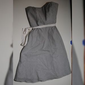 ANN TAYLOR LOFT STRAPLESS DRESS